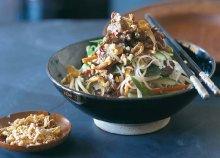Kóstold meg az 5 fogásos Seafood tálat másodmagaddal a Hanoi Pho étteremben!