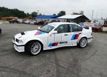 Élményvezetés BMW E36 M3 Rally versenyautóval