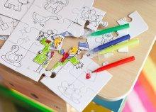 Kiszínezhető puzzle gyermekeknek 4 különböző képpel, 4 filctollal, tasakban