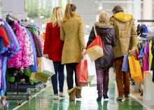 Adventi bevásárlás a Shopping City Südben