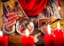 Kártyavetés 2 főnek a Boszorkánymúzeumban