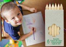 6 db-os rövid színes ceruza készlet, kihegyezve, natúr fából, papír dobozban