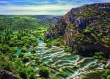 Fürdőzz Vodicében és sétálj a bámulatos Krka Nemzeti Parkban