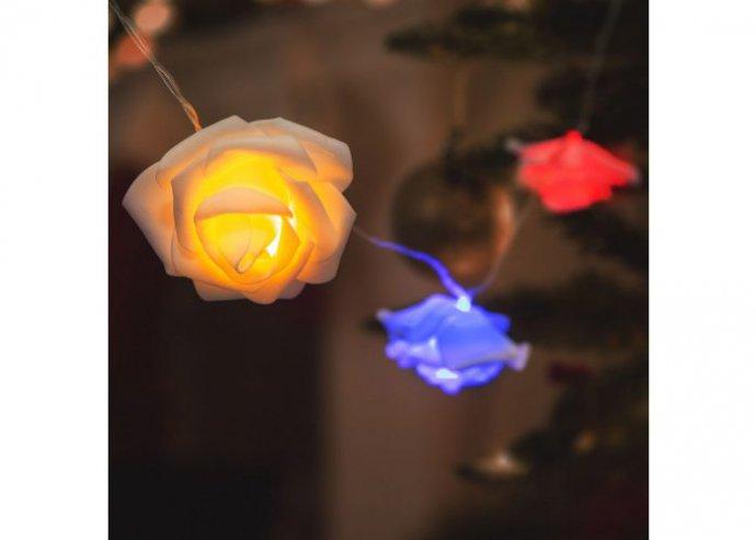 LED fényfüzér - rózsa - 10 LED - 1,9 méter - színes - 2 x AA