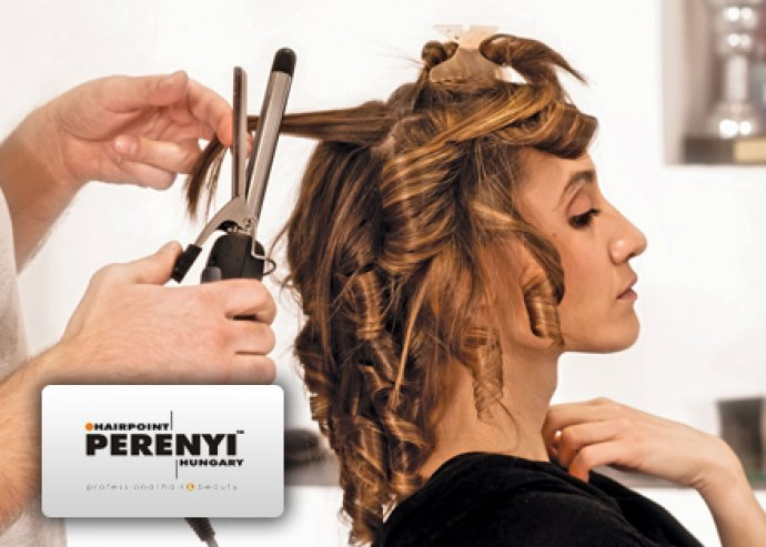 A Te hajad, a Te stílusod! Hajvágásra és hajkezelésre igénybe vehető fodrászati kupon a Perényi Szalonban 8.000 Ft helyett 3.590 Ft