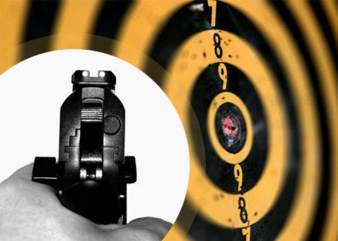 3 fegyver, 30 lövés, 2 fő részére a Budai Lőtéren