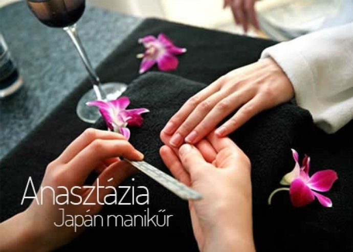 Japán manikűr levendulás kézpakolással