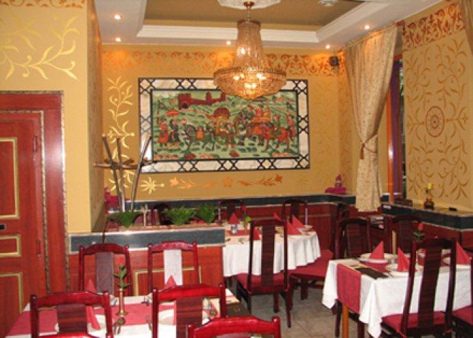 2 személyes tál a Delhi Darbar indiai étteremben