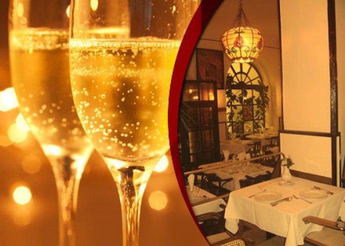 Romantikus pezsgős vacsora 2 fő részére