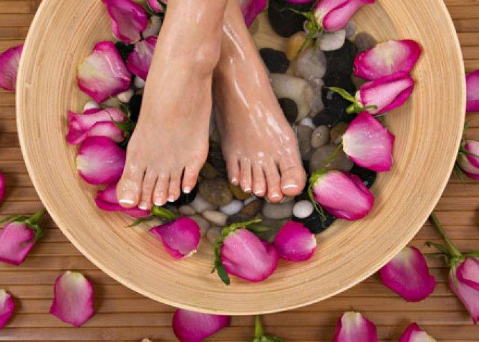 Gél-Lakkozás kézre és lábra + Spa lábápoló csomag