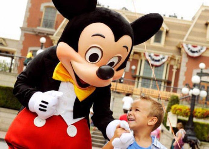 6 nap/5 éjszaka, 4 főre, kikapcsolódás Orlandoban, egész napos Disney Park látogatással