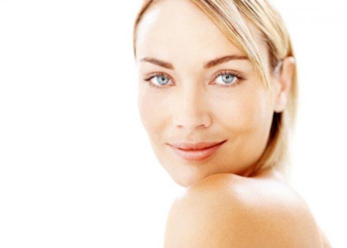 Hatékony arcfiatalító kezelés BYAS hyaluronsavas szérummal a csodás megjelenésért