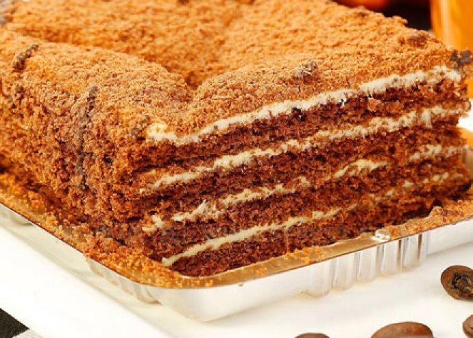 Ízletes szendvics vagy ínycsiklandozó Marlenka, különlegesen aromás, szálas teával 2 fő részére