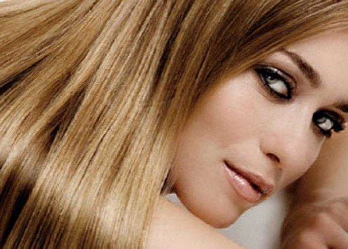 Európai hajak mindenféle hosszban sötétbarnától a szőkéig, kipostázással