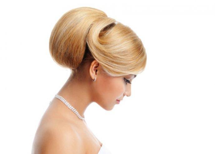 Exkluzív női luxusfodrászati csomag, mosás, vágás, szárítás, festés és akár göndörítés is