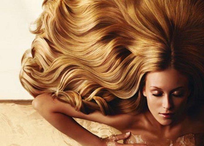 Mosás, vágás, szárítás, festés, mély hidratáló argánolajos pakolással a szép hajért