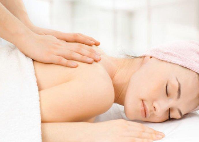 40 perces fájdaloműző, lazító hátmasszázs, amely felszabadítja a letapadt izomzatot