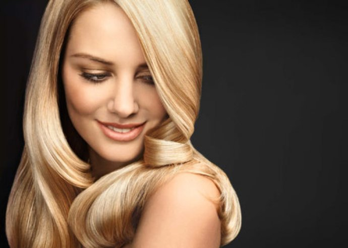 Mikro lapillesztéses hajhosszabbítás, európai hajból, akár többféle színben is!