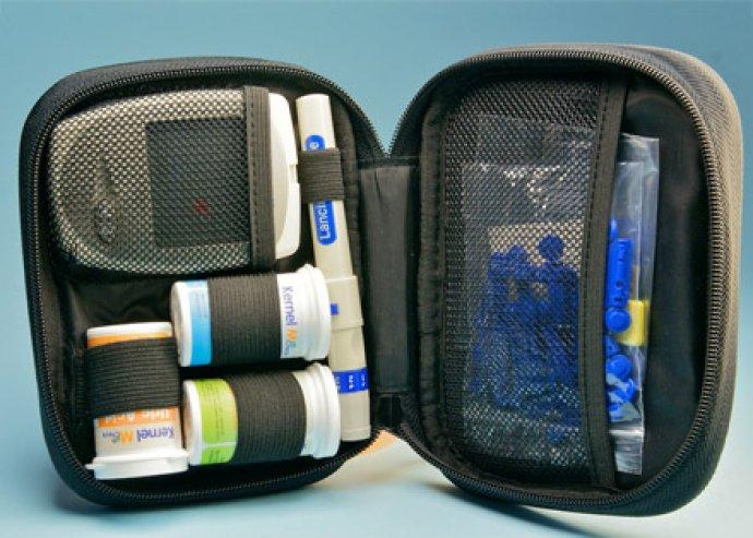 Kernel 101 Vércukorszintmérő csomag vagy Kernel 301 Vércukor-húgysav-koleszterinszint mérő csomag