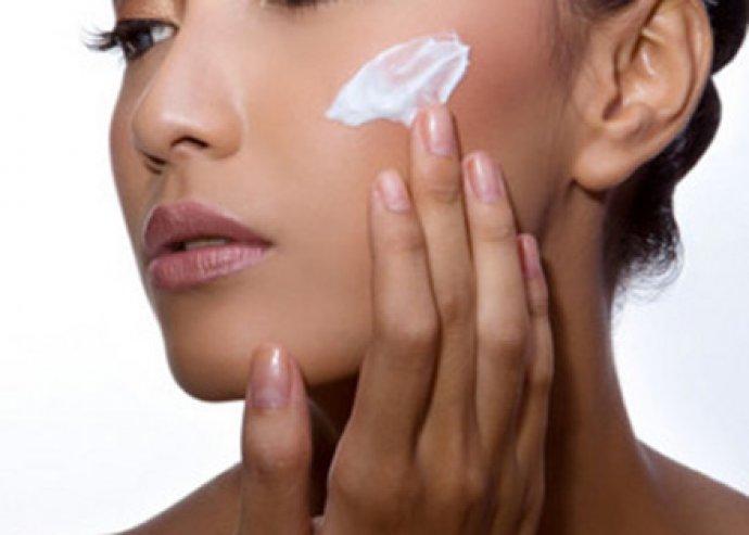 2 in 1 masszázs és bőrápolás! Teljes megújulás, 60 vagy 120 perces kényeztető csomag komplex bőrápolással