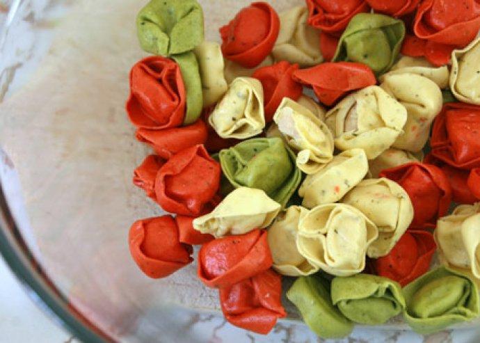 9 különböző méretben vágó tésztagép, most receptekkel