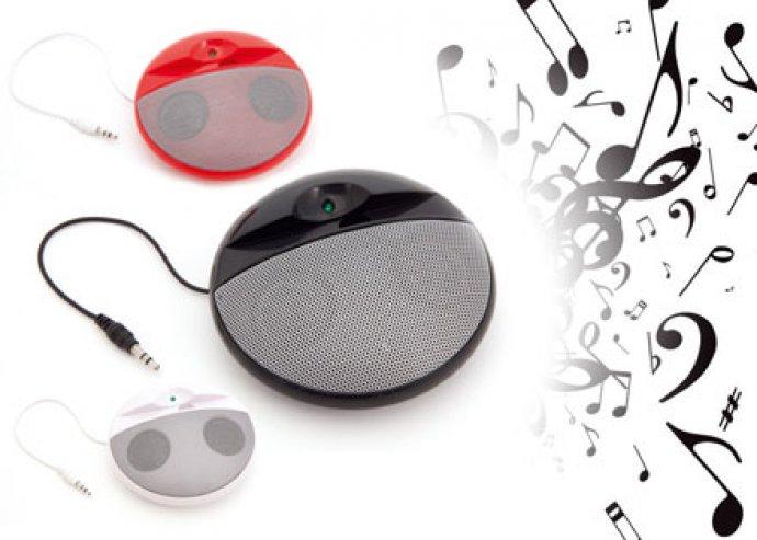 Dizájnos, könnyedén hordozható Eko asztali hangfal mobiltelefonokhoz és zenelejátszókhoz
