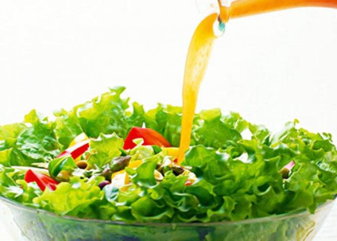 250 ml-es, különleges fűszerolaj díszüvegben, fahéjas-citromos ízesítéssel