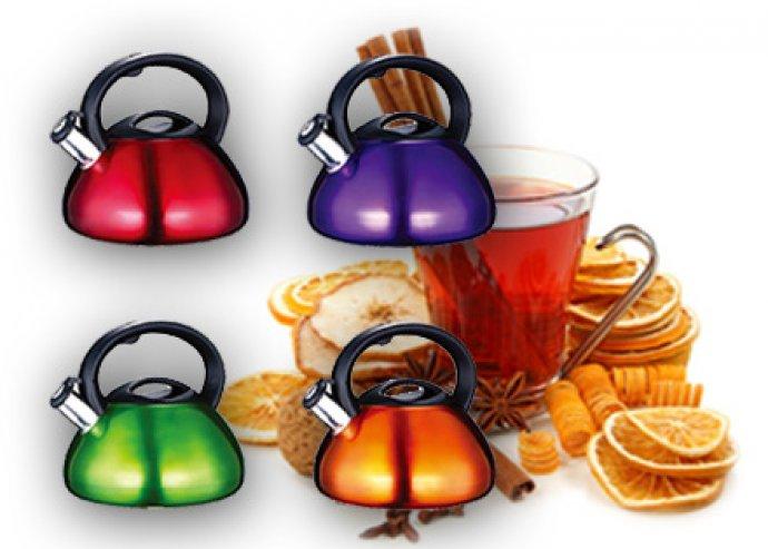 Könnyen tisztítható, lehajtható fülű 2,6 l-es teáskanna energiatakarékos talppal, 4-féle színben