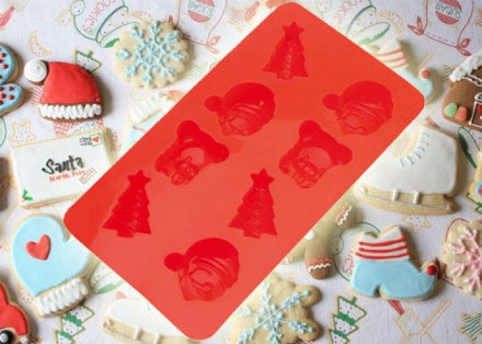 Szilikonos süteményforma, karácsonyi figurákkal