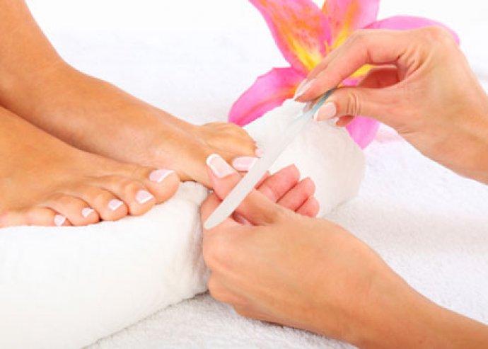 Gyógypedikűr+paraffinos lábápolás a pihe-puha lábért