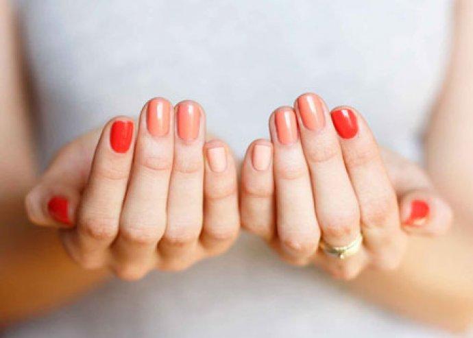 Ombre lakkozás manikűrrel és egyéb változatos kéz- és lábápoló kezelések