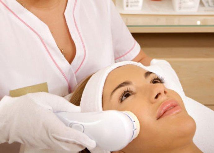 Hyaluronsavas arckezelés+ultrahangos hatóanyagbevitel+pakolás a fiatal bőrért