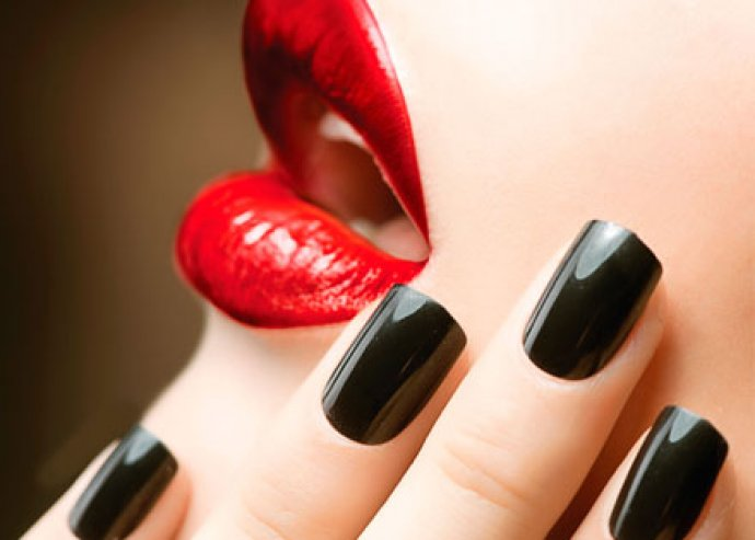 Gél lakk + gyűrűs ujj díszítés a lehető legkedvezőbb áron