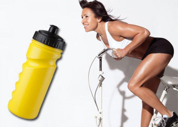 Iskan 500 ml-es műanyag sportkulacs