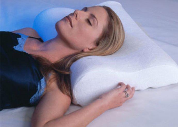 Memóriapárna, azaz Memory Foam párna a nyak tökéletes alátámasztásáért, antiallergén huzattal