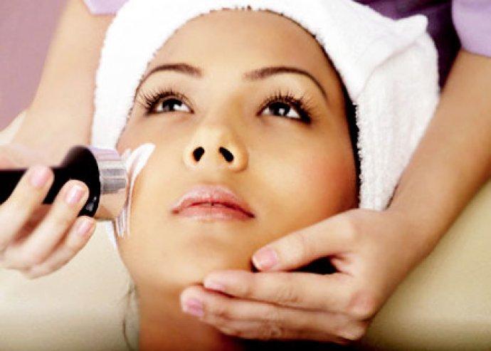 Kényeztesd és ápold a bőrödet mikrodermabráziós arckezeléssel!