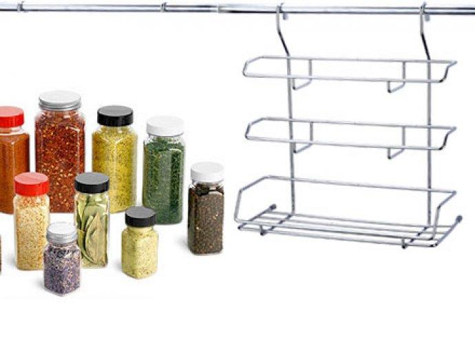Praktikus megoldás a konyhában - masszív és dizájnos, króm bevonatú, függő konyhai tároló
