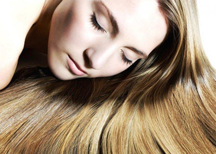Emeled szépséged fényét kényeztető hajkúrával!  Mosás, vágás, szárítás fejmasszázzsal + hajpakolás
