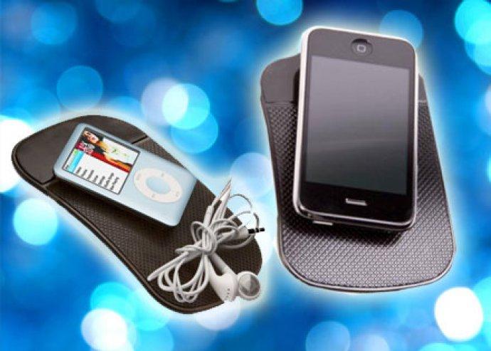 Nem ragad, mégis minden hozzátapad - Fekete nanopad univerzális okostelefon-, GPS- vagy tablettartó