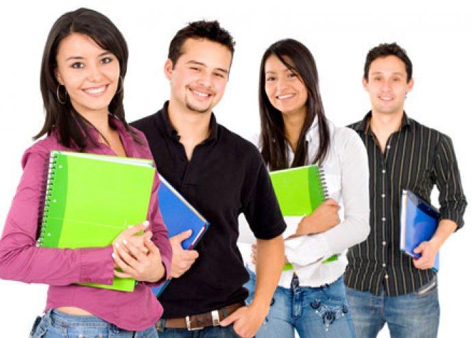 Szeretnél magabiztos nyelvtudást? Vegyél részt egy 22 órás, személyre szabott nyelvvizsga felkészítő tréningen