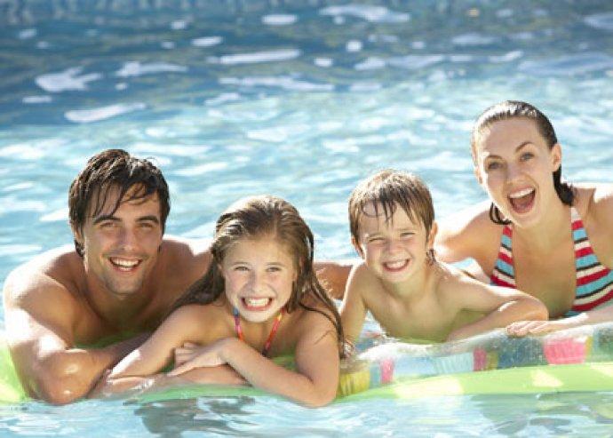 Irány a vízpart - 3 nap 2 vagy 4 főre Balatonalmádiban, félpanziós ellátással, korlátlan wellness-szel