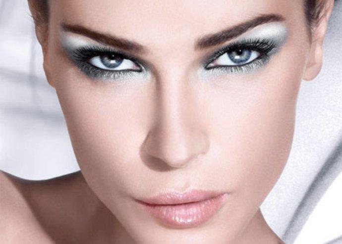 Szemhéj, szemöldök, szájkontúr vagy szemkontúr sminktetoválás, a tökéletes külsőért