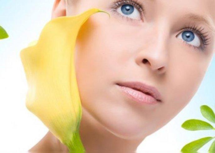 Luxus regenerálás - 7 lépéses, 75 perces, intenzív, hyaluronsavas tápláló dekoltázs- és arckezelés