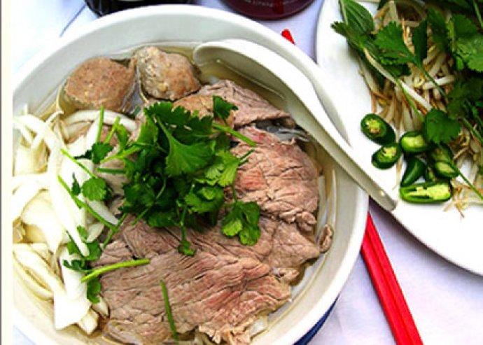 Vietnámi ízvarázs - 2 személyes nyári vegyestál, világhírű levessel, desszerttel a belvárosban