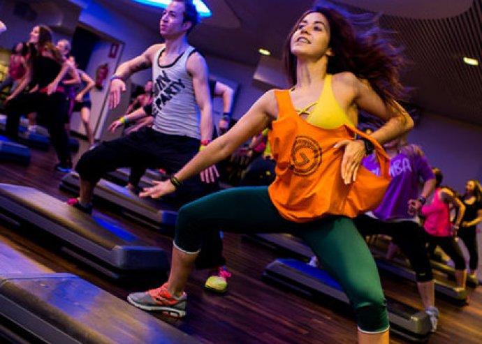 Táncolj, fogyj és érezd jól magad! 5 alkalmas Zumba bérlet, a Dance 4 Fun Stúdióiban, 6 választható helyszínen