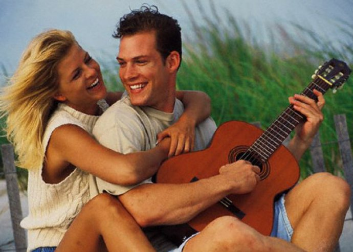 Csodás nyári kalandok várnak! 5, 6 vagy 8 nap 2 fő részére a Balatonkenesén, a Hotel Kenese Port-ban