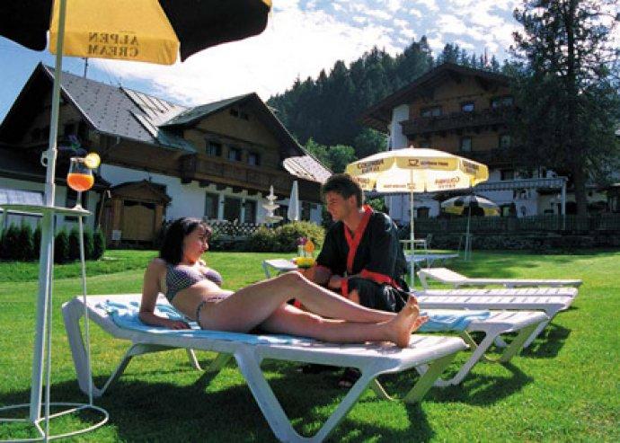 4, 6 vagy 8 nap félpanzióval, szaunázással, extrákkal Ausztriában, National Park Carinthia kártyával