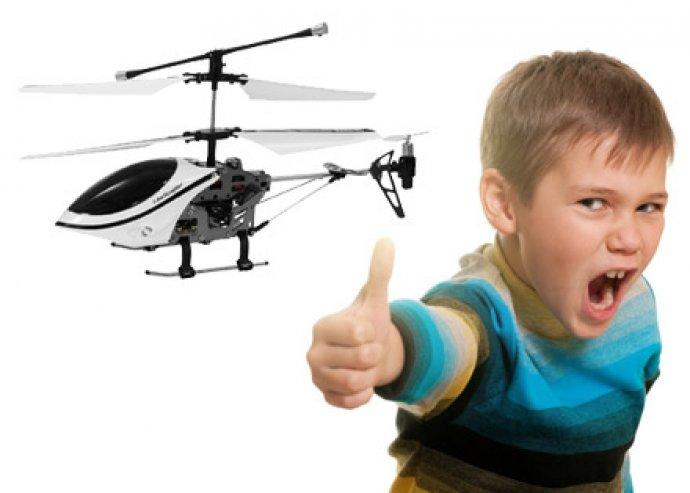 Felszállás engedélyezve! iPhoneról/ más okostelefonról irányítható i-helicopter