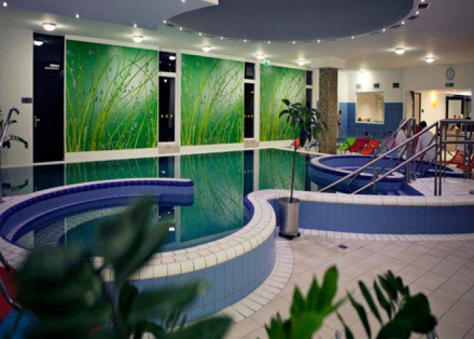 3 nap 2 főre Zalakaroson félpanzióval, fürdőbelépővel, korlátlan wellness-szel és fitness-szel