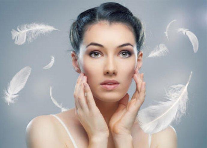 60 perces regeneráló arckezelés ultrahanggal, 24 karátos aranykristály maszkkal és VIO kezeléssel
